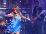 Kat DeLuna - Run The Show - 04.22.08 - Live With Regis And Kelly (SDTV-MPEG2 + Caps)