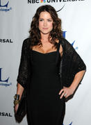 http://img241.imagevenue.com/loc210/th_11790_Danneel_Harris_08_122_210lo.jpg