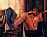 Nackt ashley cox Naked Ashley
