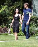 Kristin Davis - with boyfriend in Santa Monica, LA - May 1st 2008 - [x7HQs]