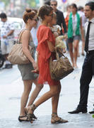 Jessica Alba - Out for Lunch at Ralph Lauren's restaurant in Paris - June 27, 2010
